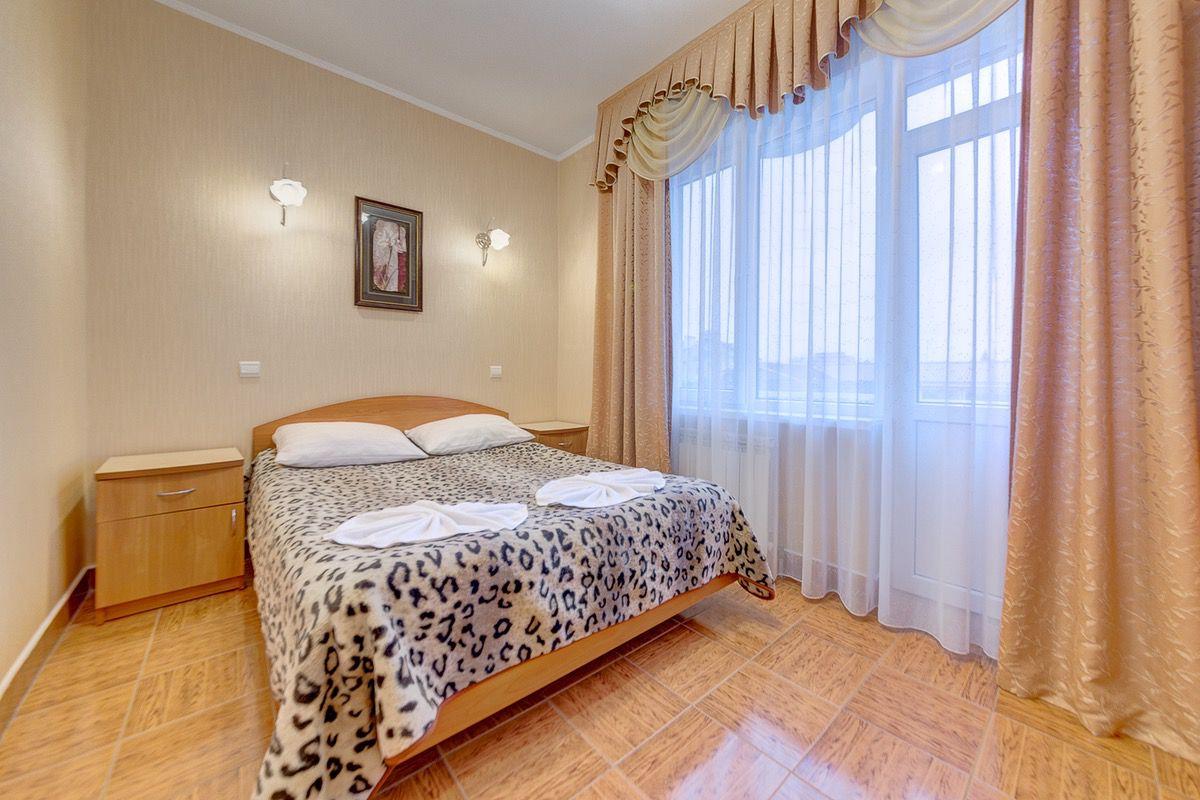 Гостиница «Маргарита», 1-й корпус, 2-х комнатный «Cтандарт»
