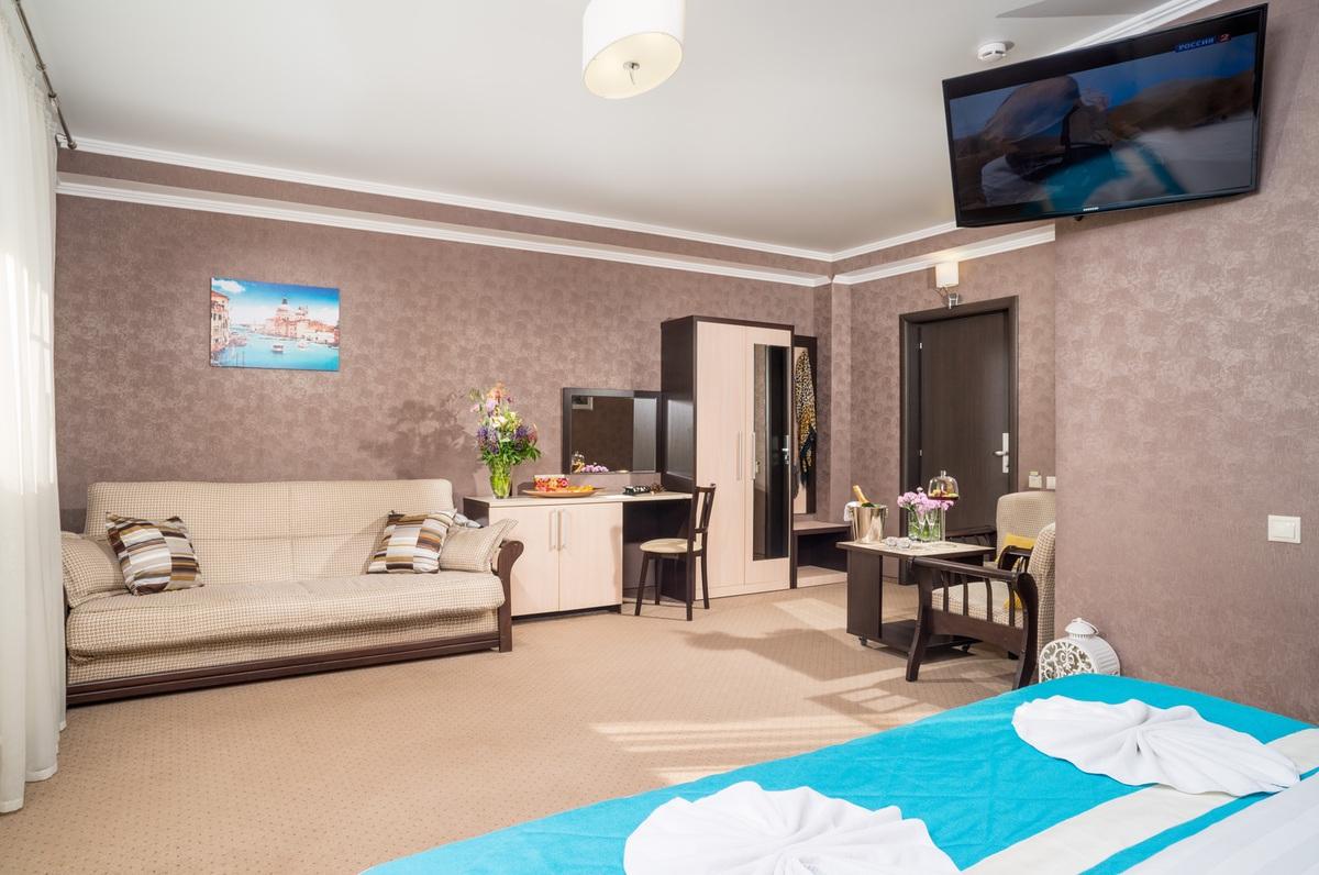 Гостиница «Маргарита», 2-й корпус, 1-комнатный «Люкс комфорт»